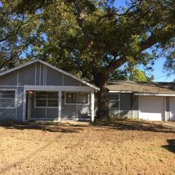 Easy Flip or Rental in Weatherford!