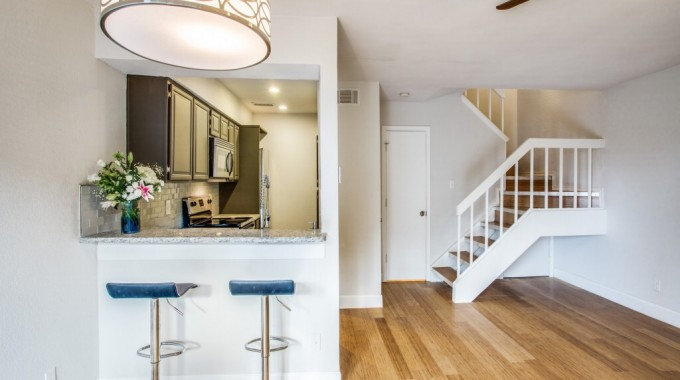 Big Texas Home Buyers has an M Streets Condo For Sale!