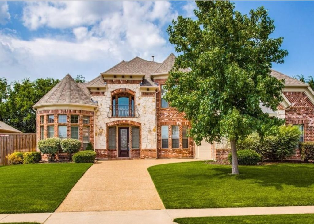 Spacious Executive Home For Rent in Prosper